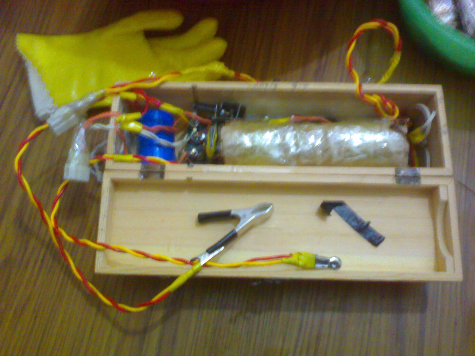 新型电子吸式鱼电鱼机电路_白金机械电鱼图纸_白金机械电鱼图纸图片分享